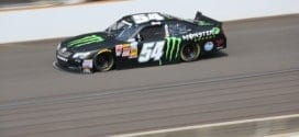 Could shortening the field in the Nationwide Series make the races more competitive? (Credit: Mike Neff)