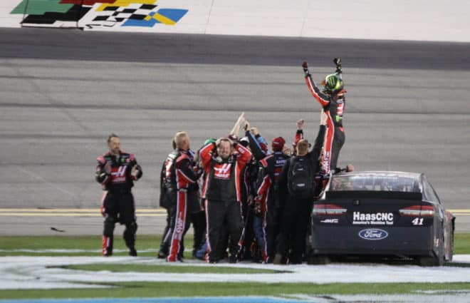 Pace Laps: Small Teams Benefit in Daytona, Montoya Has Fun